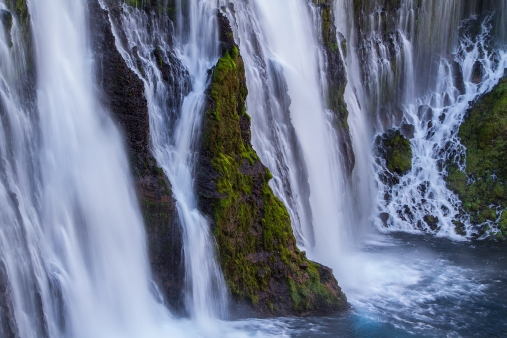 Close-Up-Burney-Falls