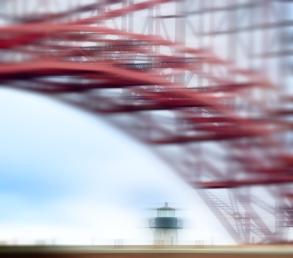 Lighthouse-Under-the-Bridge-2-IM